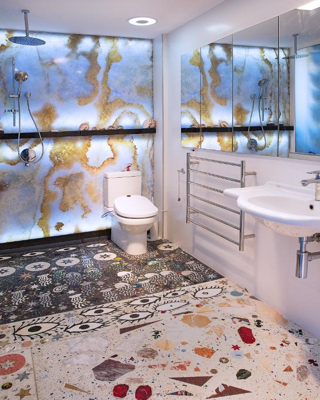 24_Bathroom1