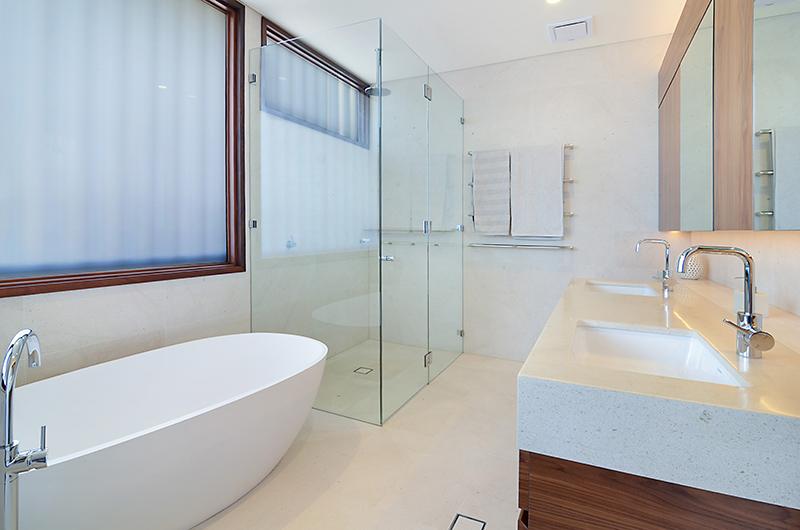 Bathroom_LowRes