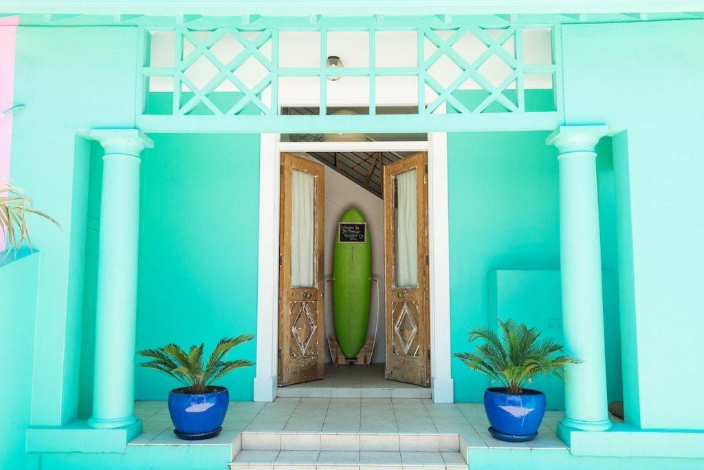 Rockstar-Villa-exterior-front-3-1024x683