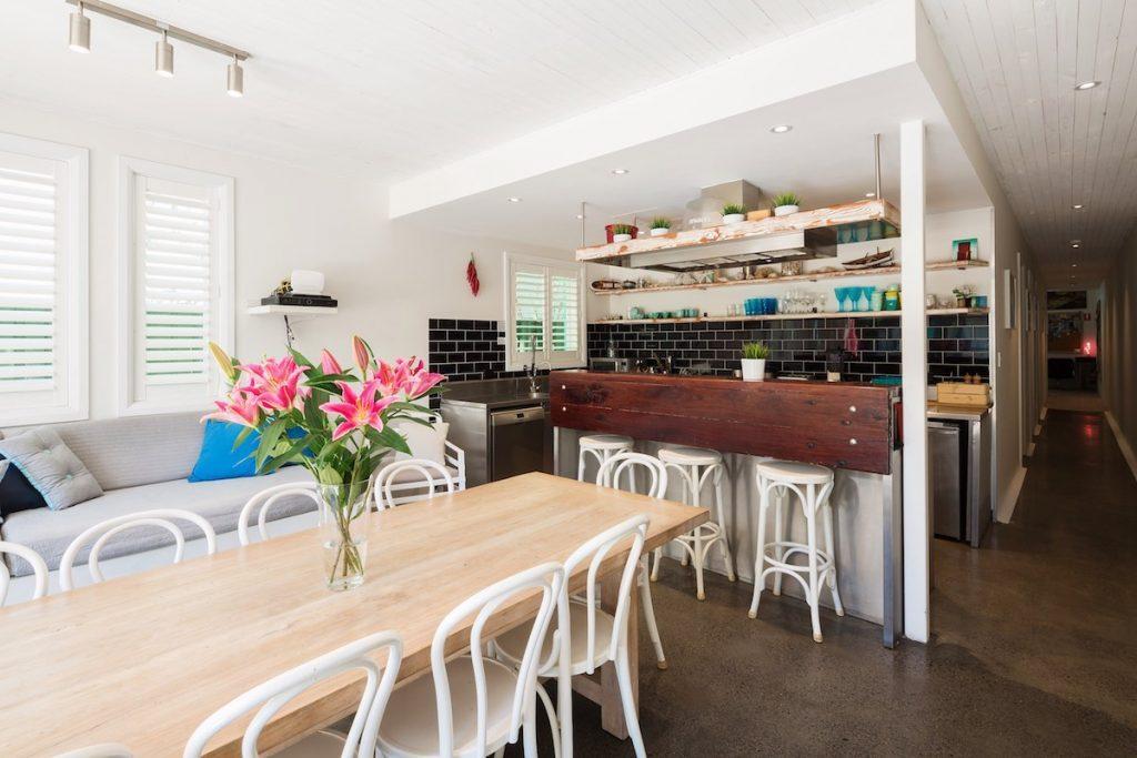 Rockstar-Villa-interior-living-kitchen-1-1024x683