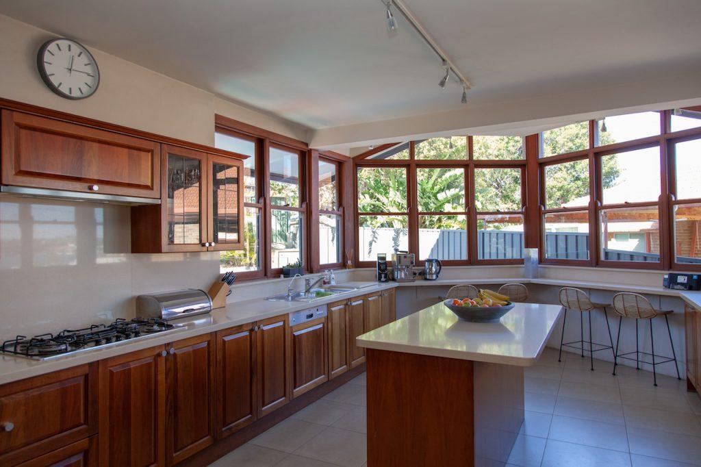Behrens House - 72 Vista Pde Sans Souci NSW-2